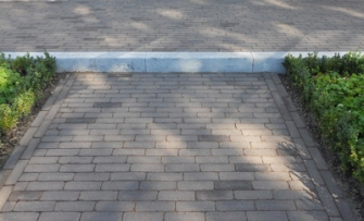 Bloktreden voor een tuintrap of een andere toepassing.