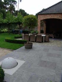 Grote Terrastegels Te Koop.Tuin En Terrastegels Te Koop Bij E L S Garden In Laakdal